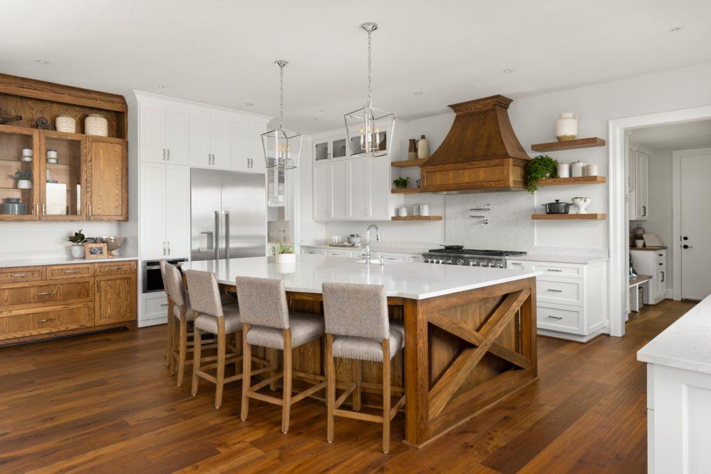 Farmhouse Style Mansion Kitchen