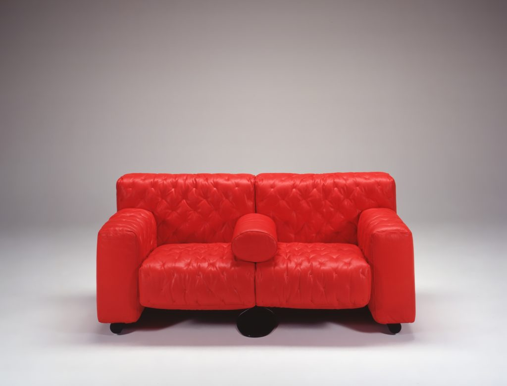 Geometric Design Red Leather Sofa for Leisure with Casual Elegance