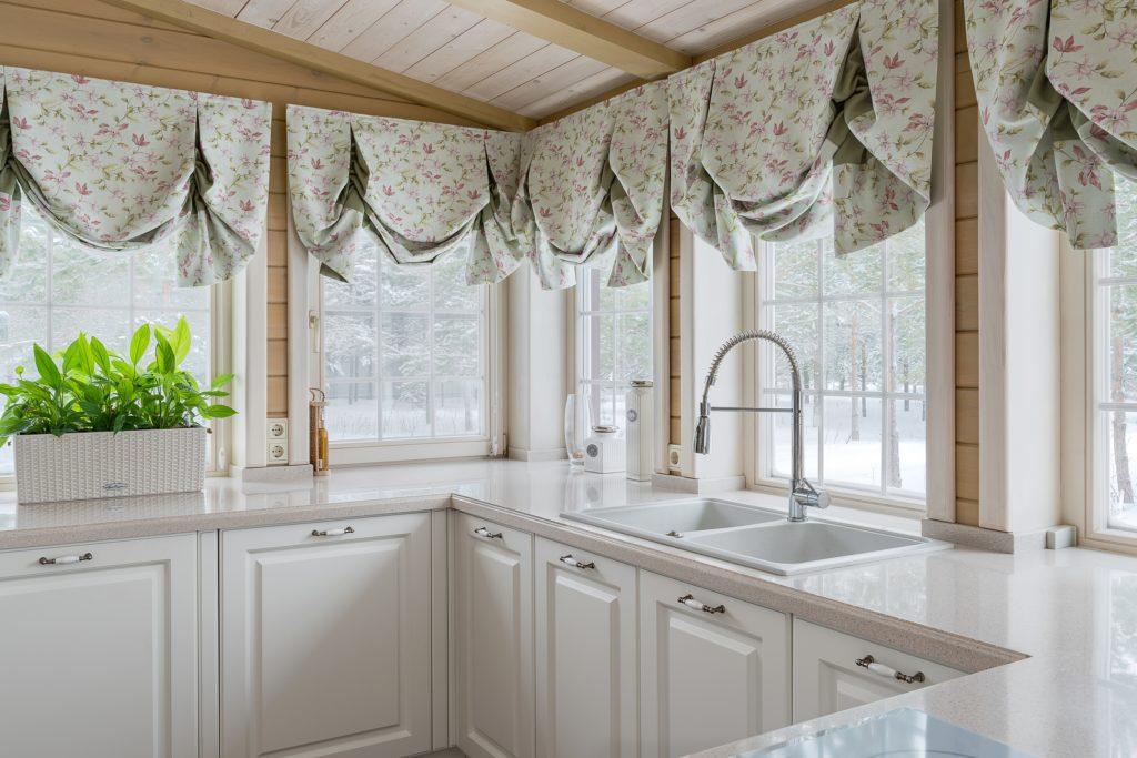 Kitchen Windows with Valances