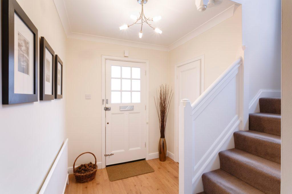Simple House Entrance Decor