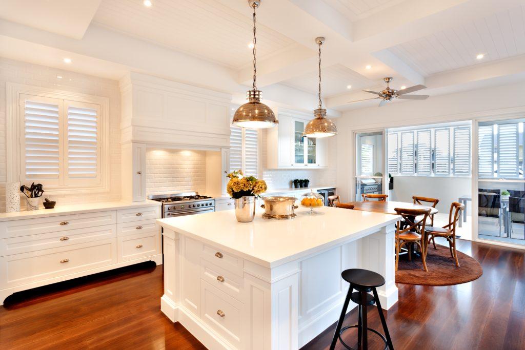 White Mansion Kitchen