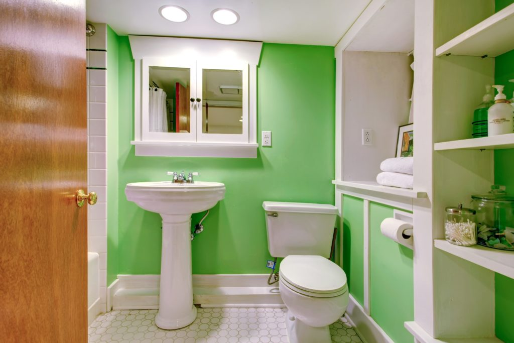 Green Walls Bathroom