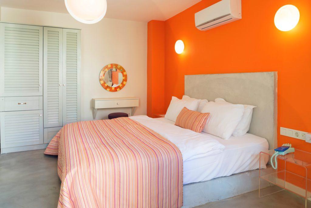 Orange Sheets Bedroom