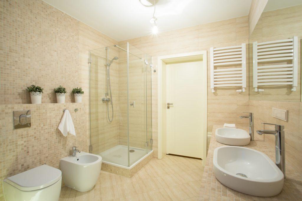 Bright Mansion Bathroom