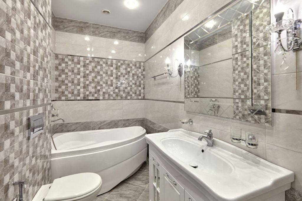 Checkered Mansion Bathroom