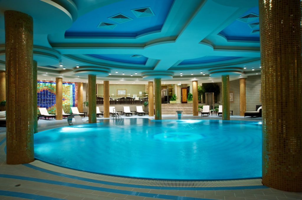 Indoor Round Pool