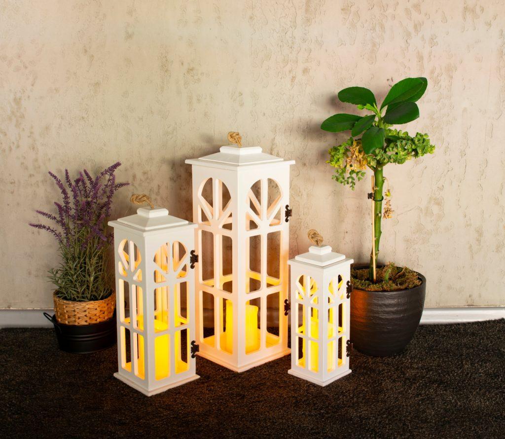 Romantic Retro Candle Holder in White Metal & Glass Floor Lamp Design