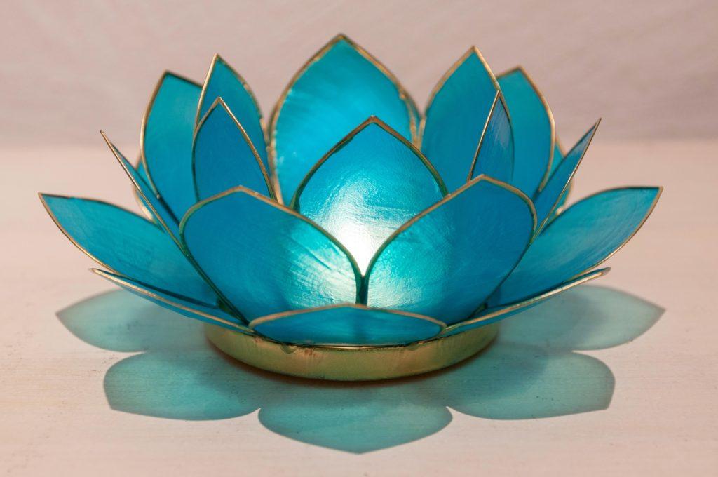 Seashell Floral Tea Light Holders Add Elegance & Ambiance