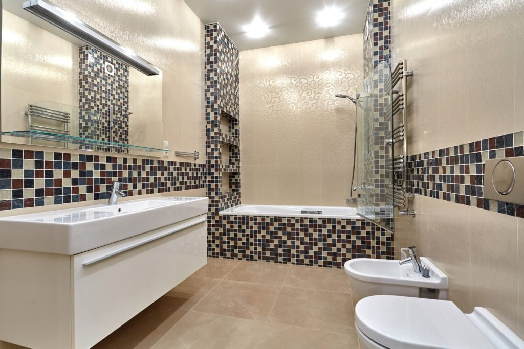 Tan Checkered Mansion Bathroom