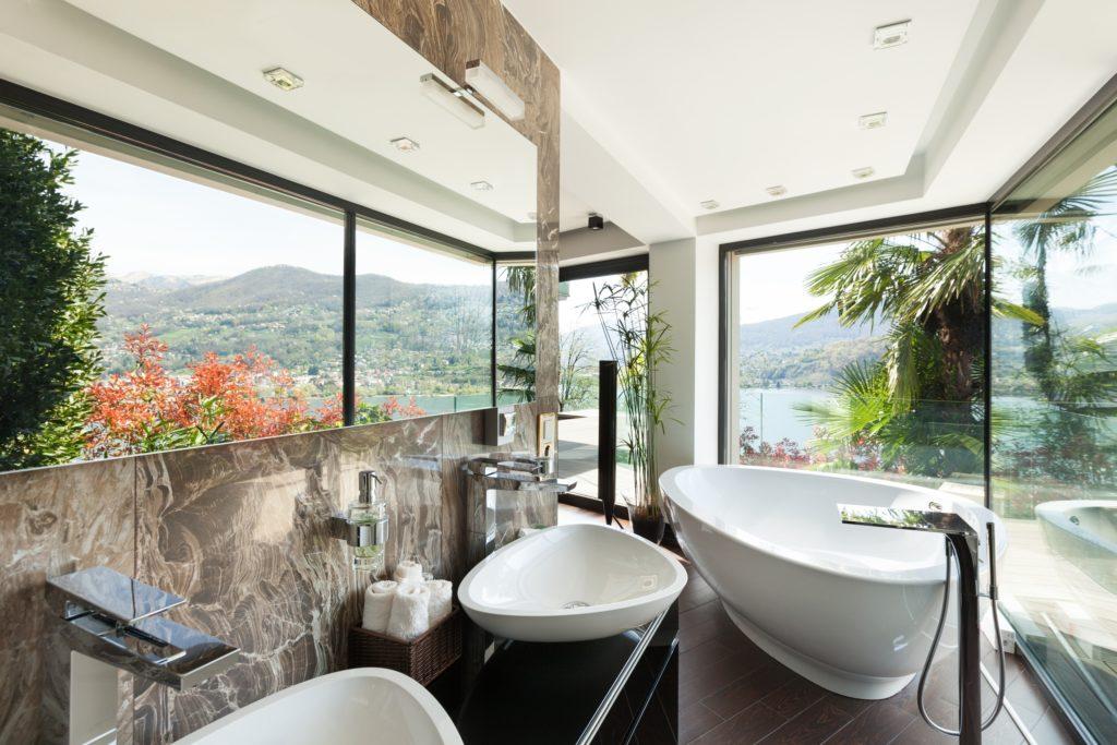 Tropical Mansion Bathroom