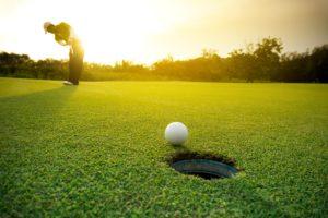 Golf-Themed Décor Items For Your Office