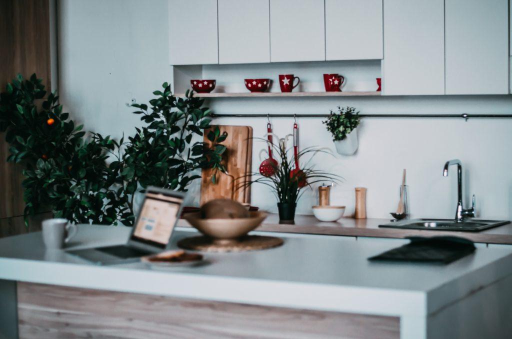 Single Kitchen Shelf