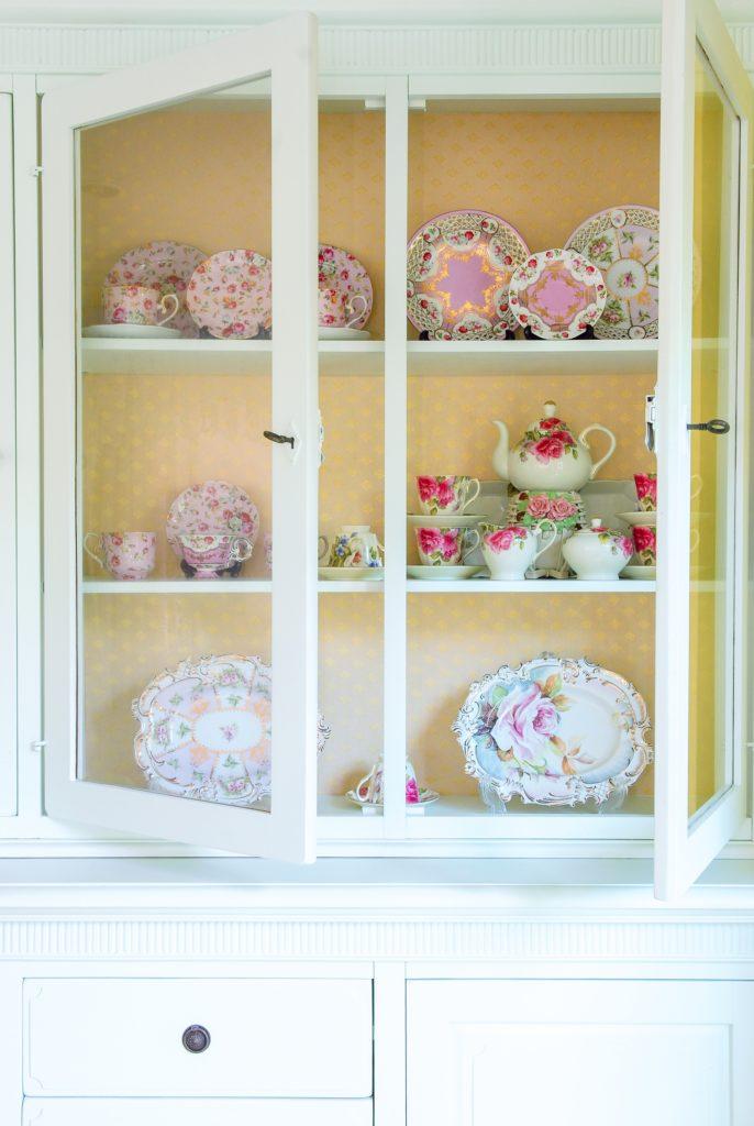 Vintage White Shelves